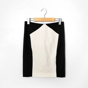 WILFRED Aritzia Black Creme Pencil Skirt